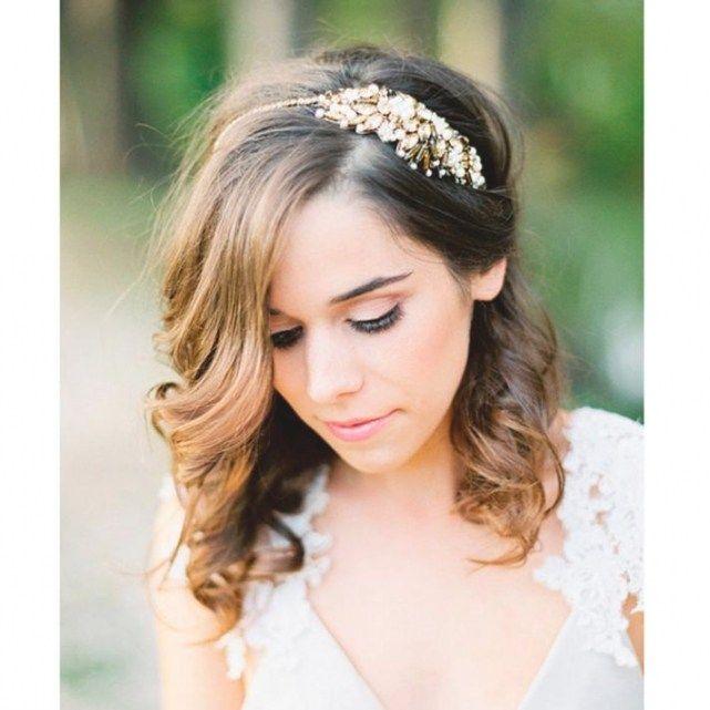 Coiffure mariage cheveux mi long visage rond