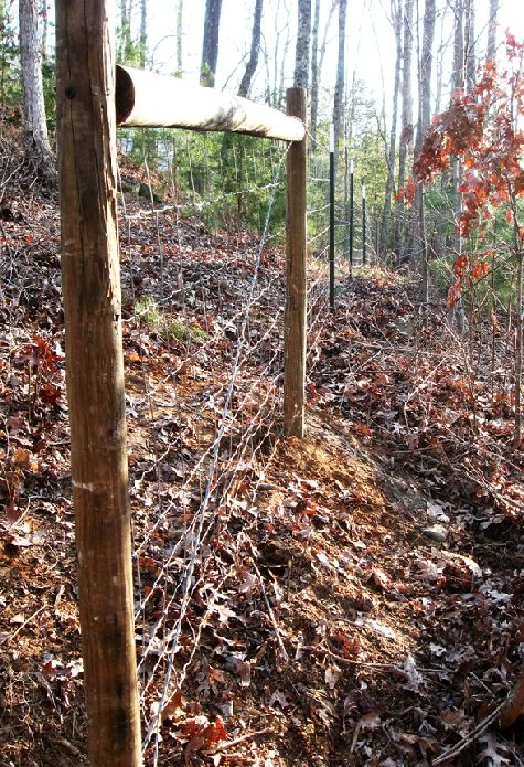 4 Ft Tall Hog Wire Field Fence With Round Wood Post And