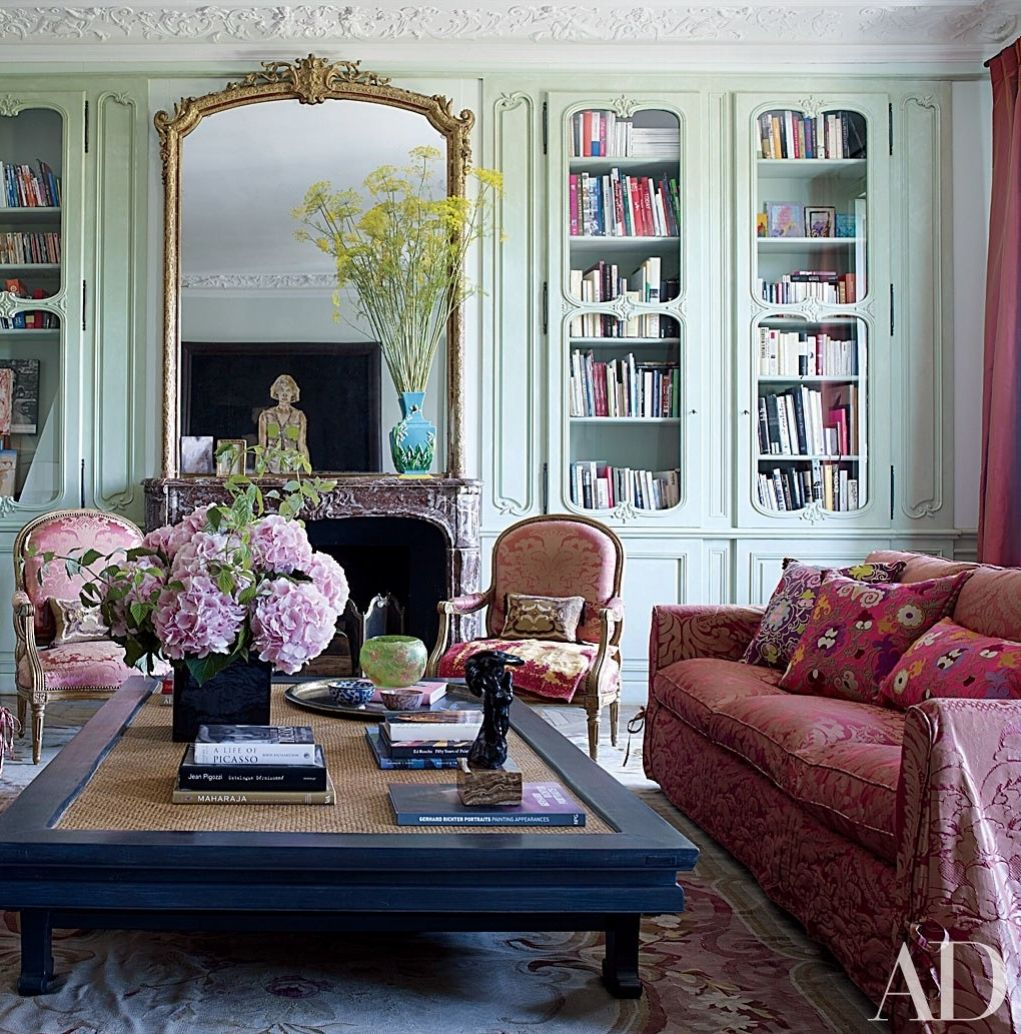 12 Unforgettable Living Spaces in Paris