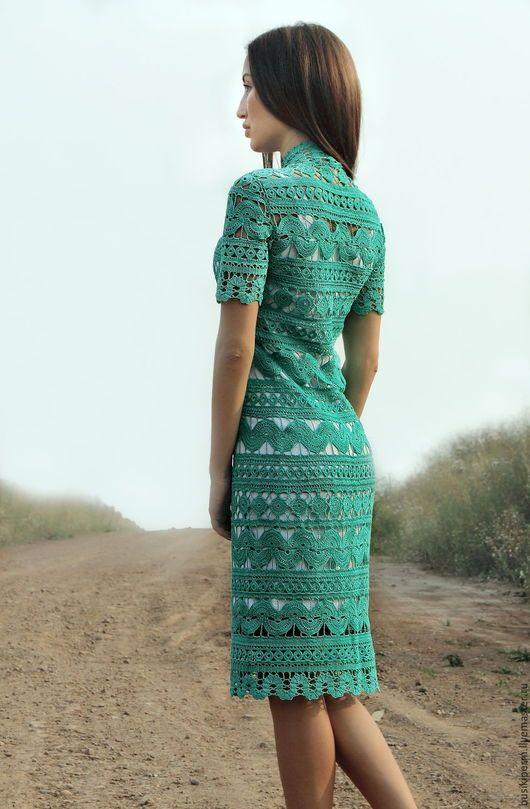 8202a30fb4b Платья ручной работы. Заказать Вязанное крючком платье изумрудного цвета.  Евгения Долгина. Ярмарка Мастеров