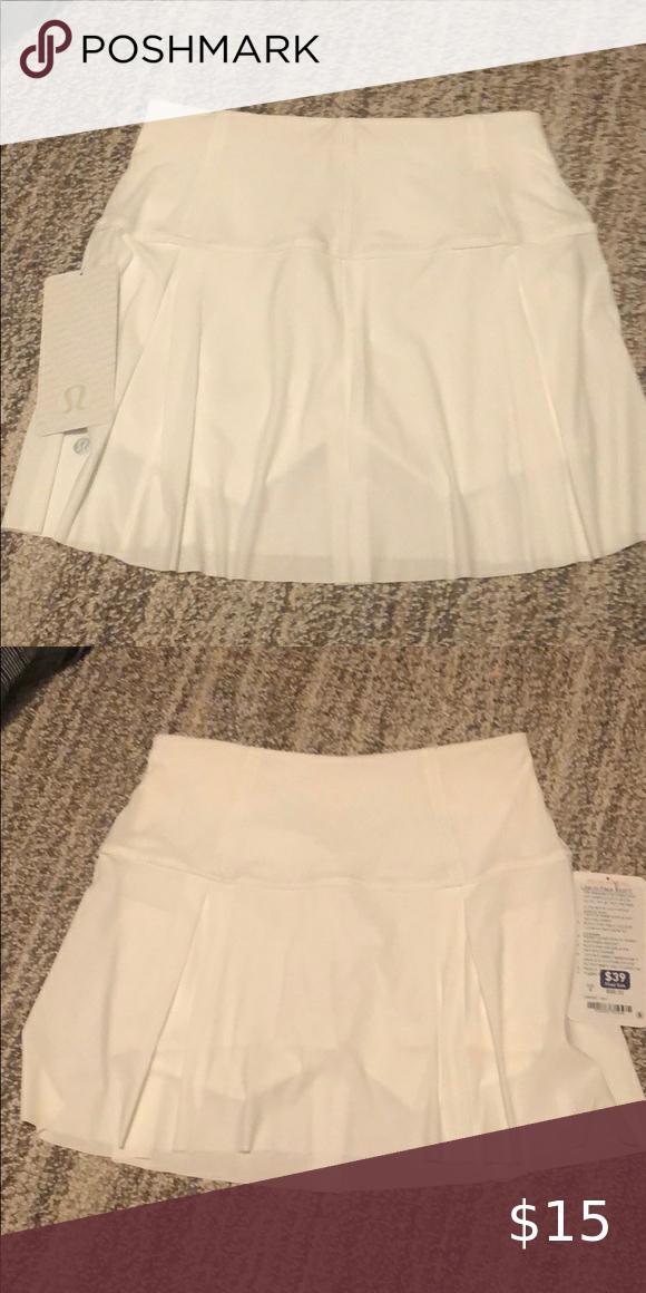 Tennis Skirt Nwt In 2020 Tennis Skirt Skirts White Skirts
