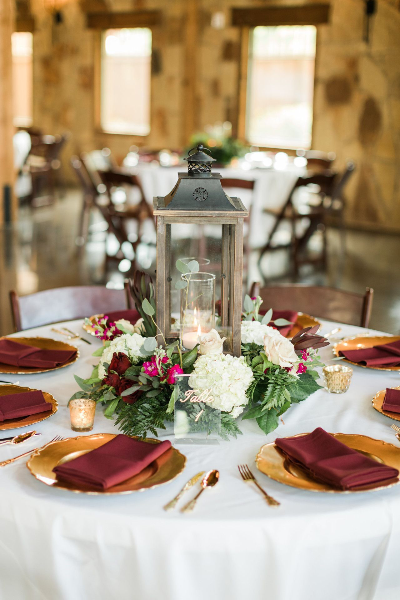 Silver Wedding Decorations For Tables (With images ...