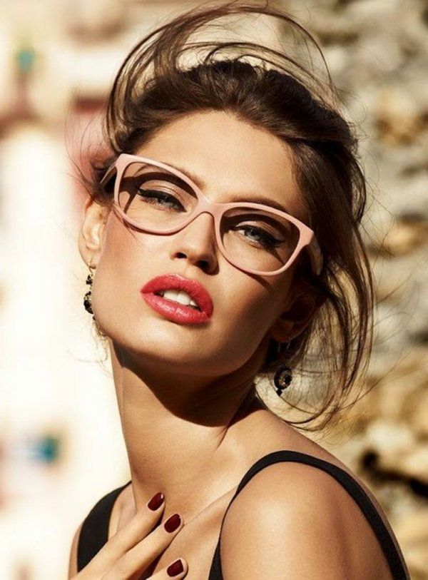 comment choisir ses lunettes de vue mode femme lunettes lunette de vue et choisir ses lunettes. Black Bedroom Furniture Sets. Home Design Ideas