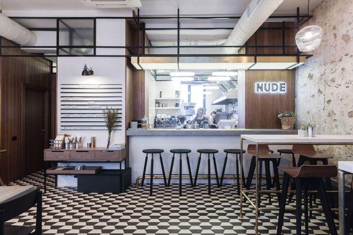NUDE Coffee & Wine Bar en Moscú por el formulario Bureau   Yatzer