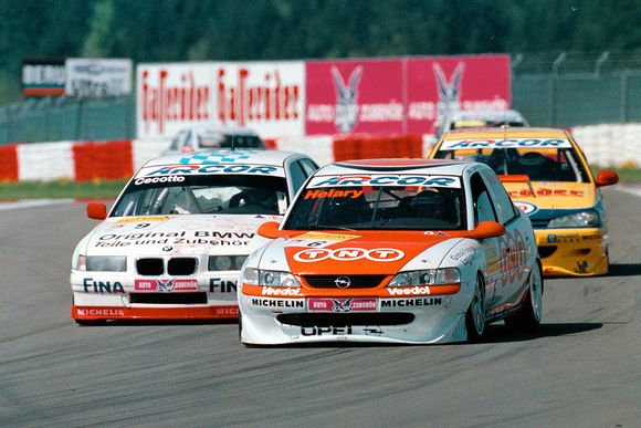 Opel Vectra Eric Helary Bmw 320i Johnny Cecotto Stw 1998 Motorsport Racing Touring Car Motor Passion Sport Helary Tnt Rennwagen Rennen