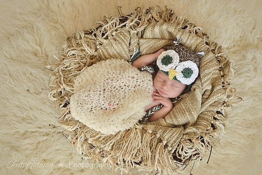 Pullback newborn photography behind the scenes chrissy martin photography