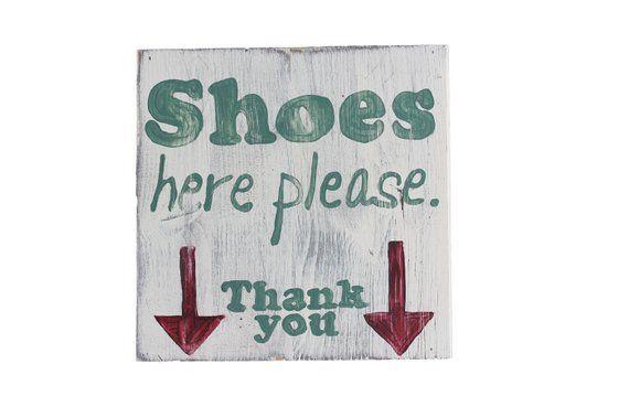 Holzschild Shoes here please, Schild Schuhe ausziehen, Shabby Wohnen