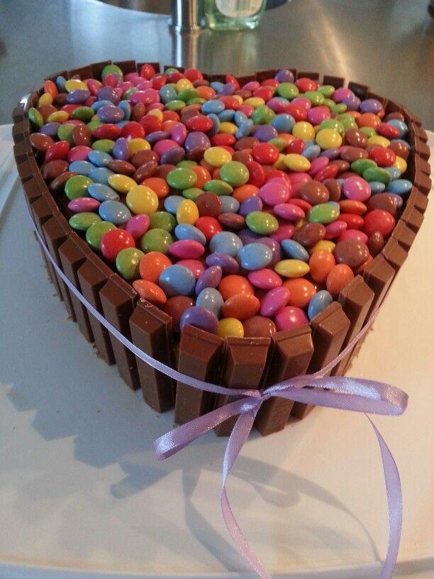 My pretty chocolate heart cake.