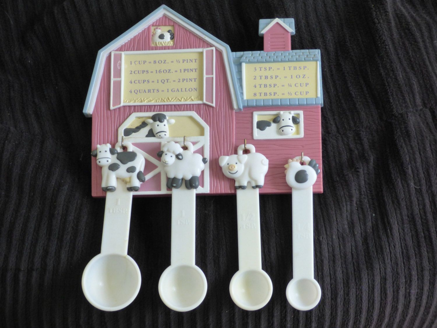 Decorative Measuring Spoons And Cups Down On The Farm Measuring Spoon Farmhouse Barn Decor