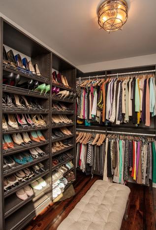 s tienen un closet grande consideren en poner un peque o