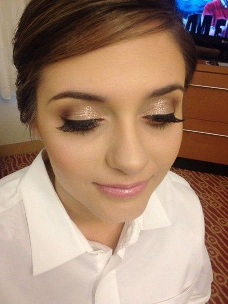 Check Out The Laura Mercier Metallic Creme Shadows Used To Create This Season S Summer Bronze Look Gold Wedding Makeupbridal