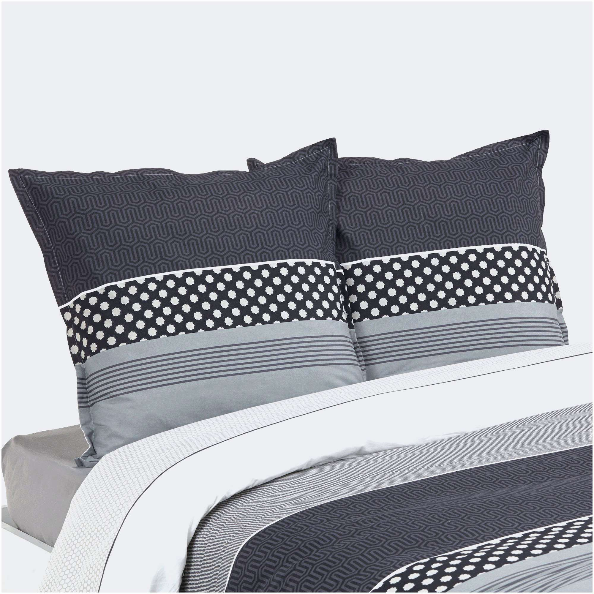 Pin By Ketty Corp On Idees De Meubles Bed Home Blanket