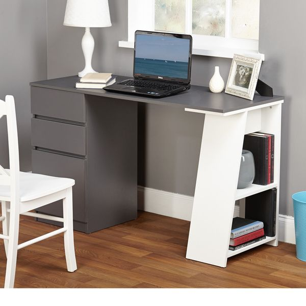 Decorate Your Office In A Sleek Way With This Stylish Como