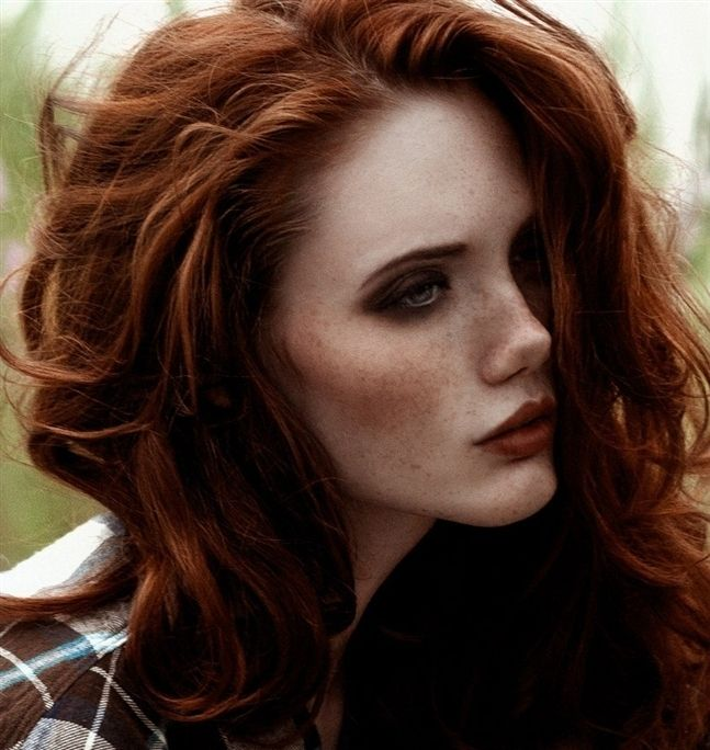 The Magic Mix Of Red Hair Freckles And Light Eyes H E