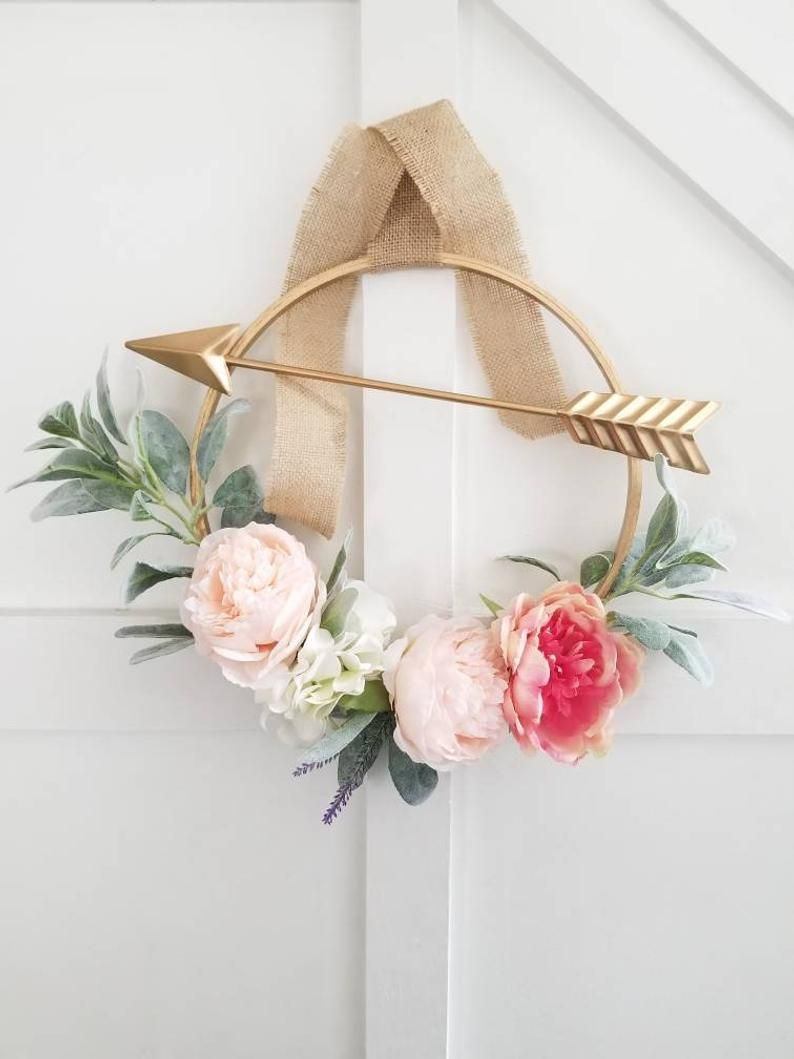 Photo of Items similar to Cupid's Arrow Valentine's Day Hoop Wreath on Etsy