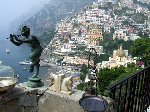 from aldershot travel website - must get to Amalfi Coast someday!