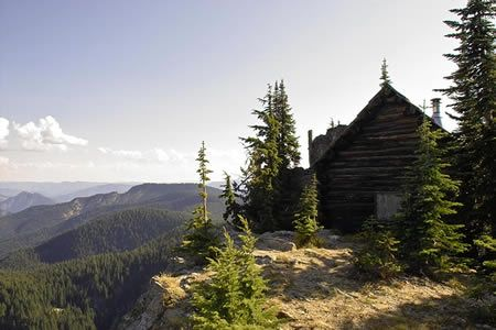 Cold Springs Peak fire lookout [Michael J. Gordon]