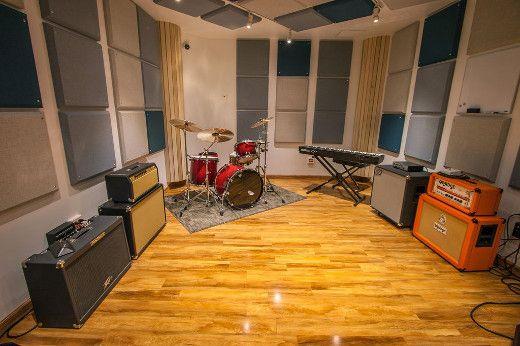 Rehearsal Recording Studio Sweet Spot Replay Music Studios West Village Nyc Sonicscoop Creative Techni Music Room Design Music Studio Room Music Room