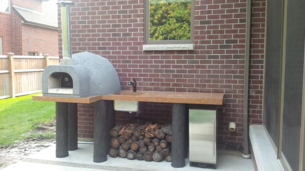 Simple backyard pizza oven Wood Fired Pizza Ovens from Grills\u0027n