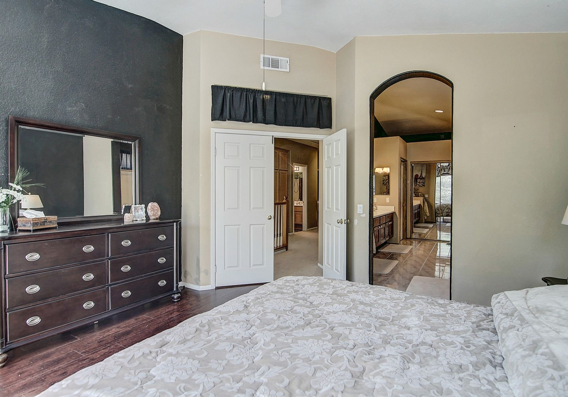 Expansive, Inviting Master Suite in this stunning Aliso Viejo California Home