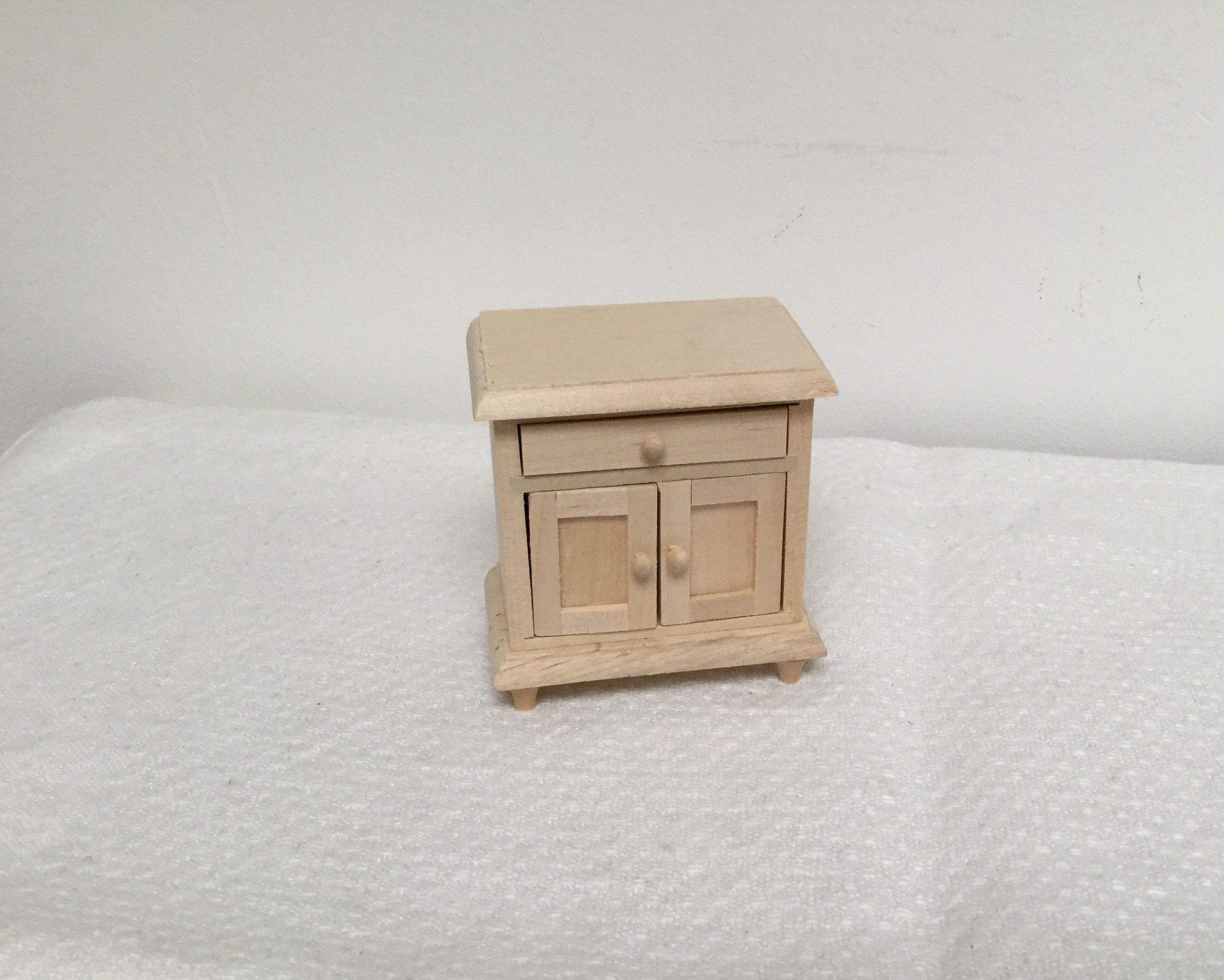 Dollhouse Miniature Unfinished 5 Drawer Dresser 1:12 Scale Furniture