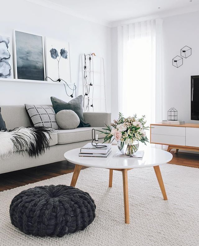 Home Decor Inspiration Sur Instagram Black And White: Living Room Inspo The Amazing Home Of @oh.eight.oh.nine