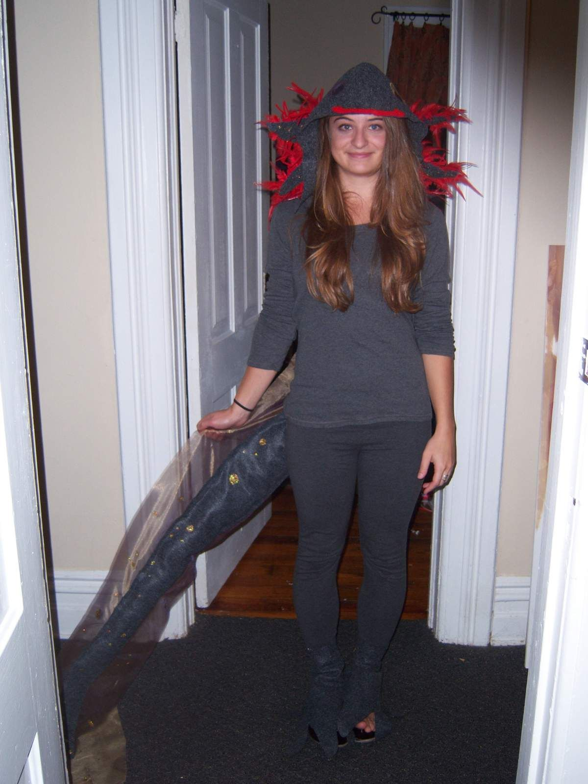 salamander costume  sc 1 st  Pinterest & salamander costume | Bill says Mom is now the Salamander Queen ...