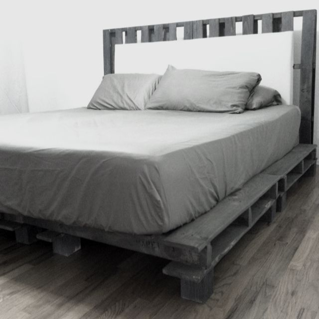 My Best Friend Is A Genius Diy Cal King Platform Bed Frame With Headboard Pallet Bed Frame