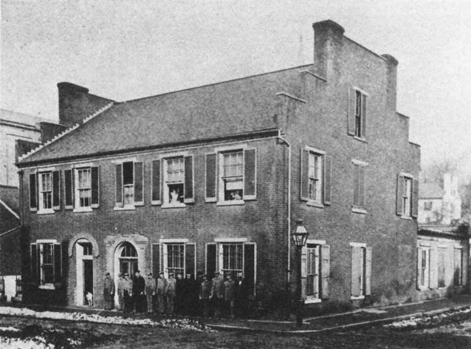 This Pre Civil War House Stood At The Corner Of Main Beverley And Market St On The Site Where The Dixie Theater Now Stands Staunton Historical World