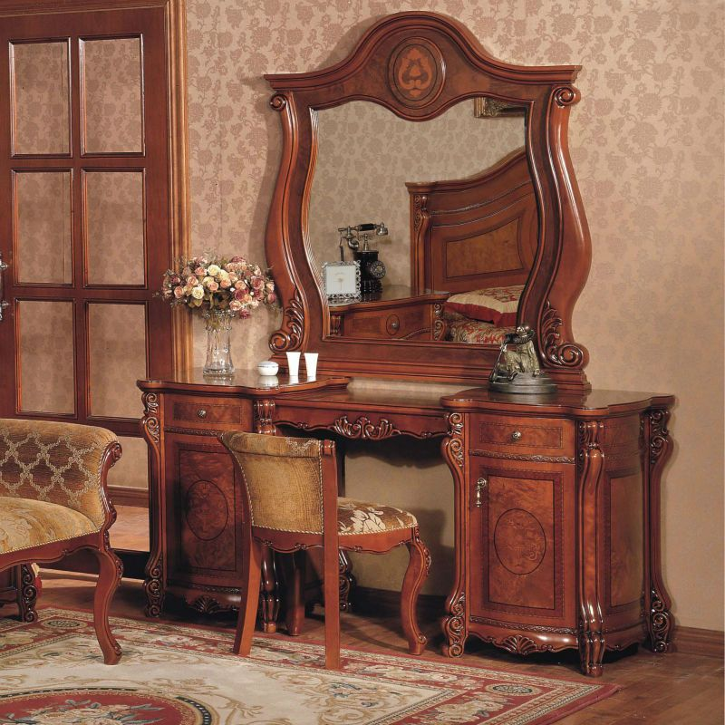 Dresser Solid Wood Dresser With Vanity Mirror Chair $1,600.00