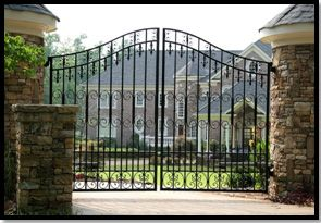 Lonestar custom fabricates wrought iron entrance gates in Dallas- Fort Worth in any style to meet your specifications... Choose from these styles to get your concept started.