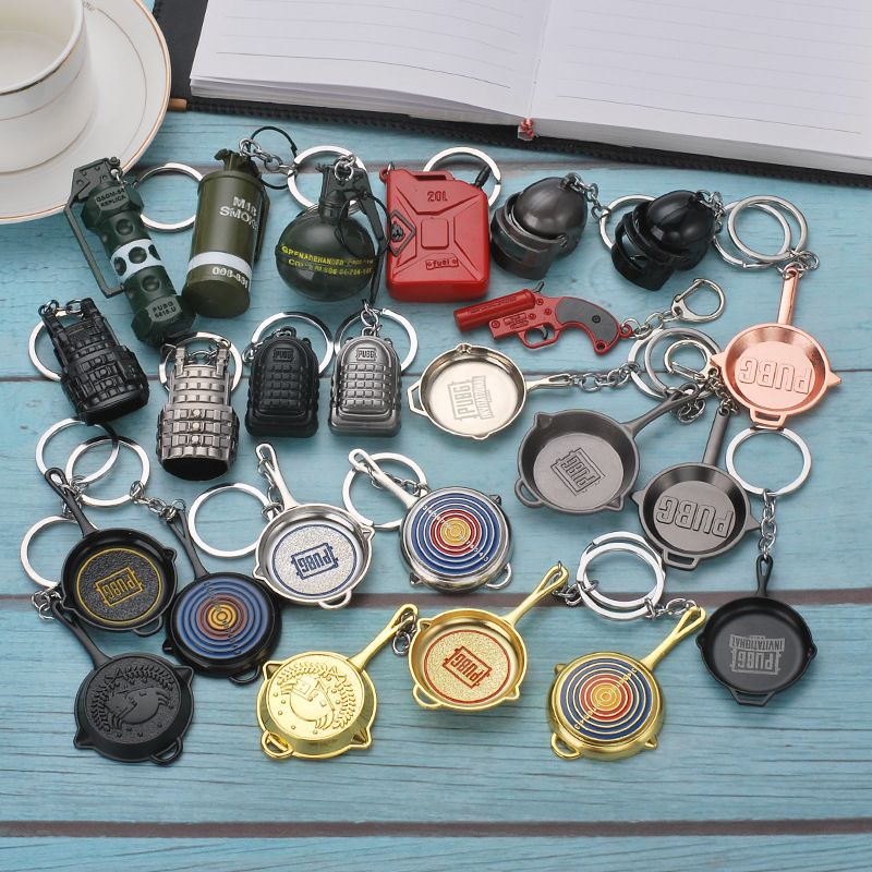 Game PUBG Keychain Cosplay Props Alloy Level 3 Helmet