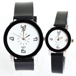 #Simple Design Black Strap 4 figures Analog Wristwatch Women