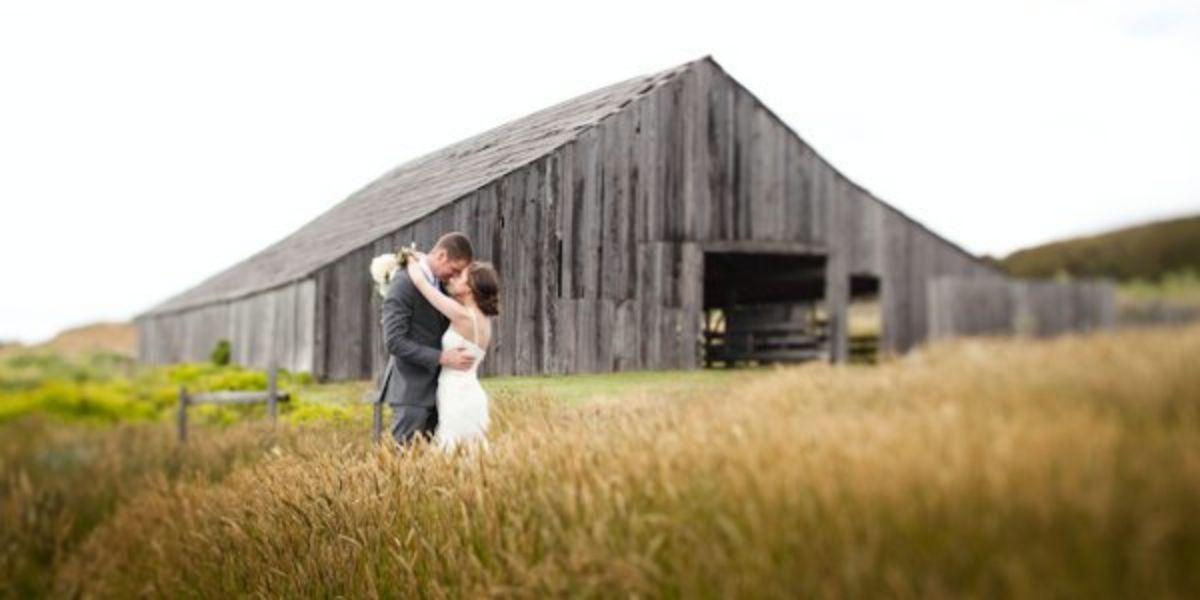 Weddings At Sea Ranch Lodge In The Sea Ranch Ca Wedding Spot Sea Ranch Lodge Sea Ranch Ranch Wedding Venue