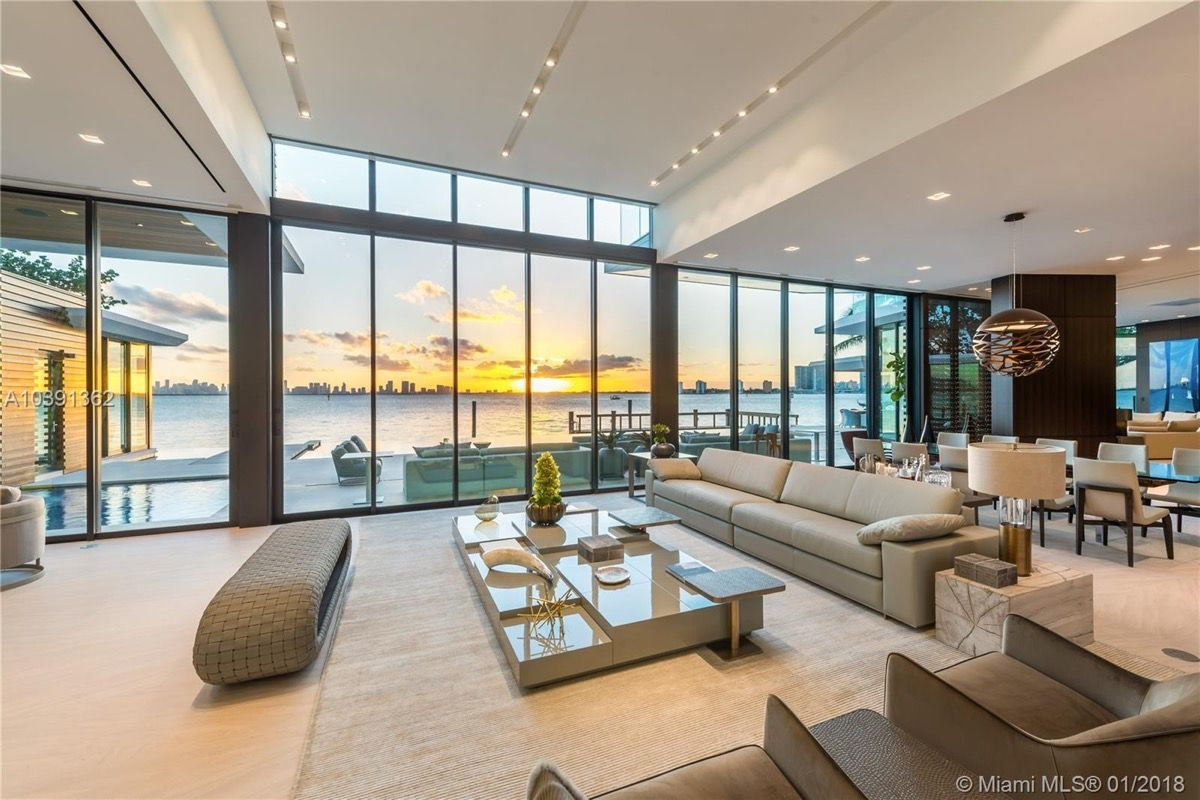Magnificent Modern Miami Mansion With Ocean Panorama Mansion Living Mansion Living Room Luxury Homes