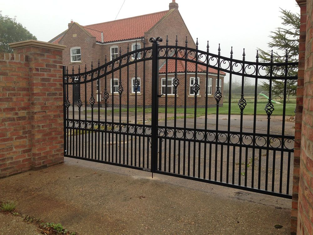 Kind Of Color Black Wrought Iron Fence Iron Gates Wrought Iron
