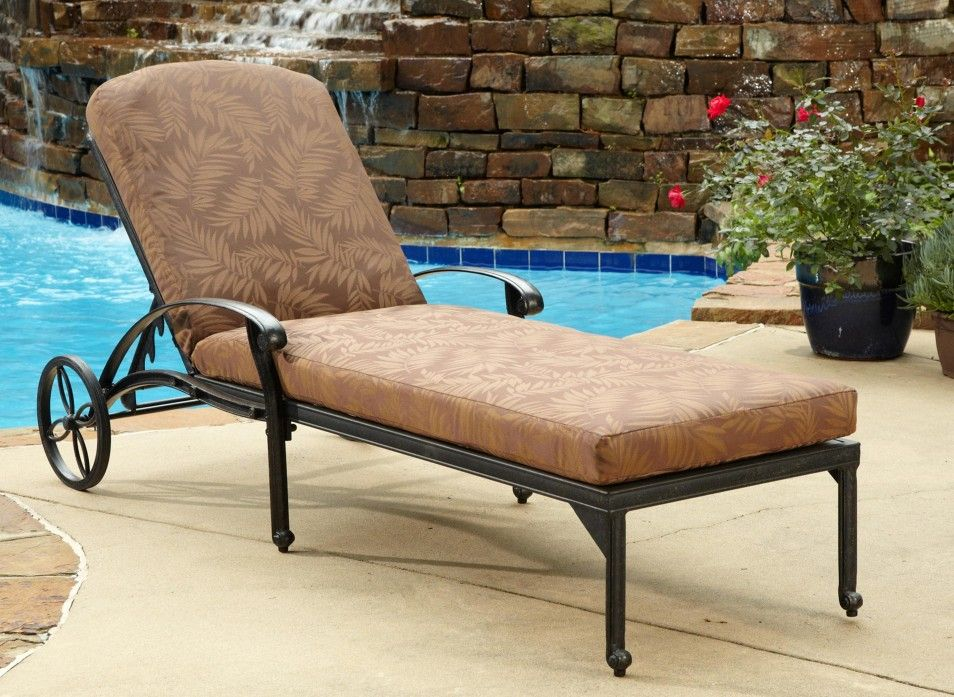 Wondrous The Best Comfortable Lounge Chairs Decorations At Modern Ibusinesslaw Wood Chair Design Ideas Ibusinesslaworg
