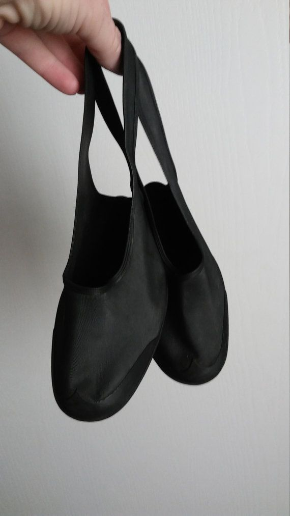 e3daa16e1ce Vintage 1940s Black Rubber High Heel Shoe Covers Galoshes Rain Shoe ...
