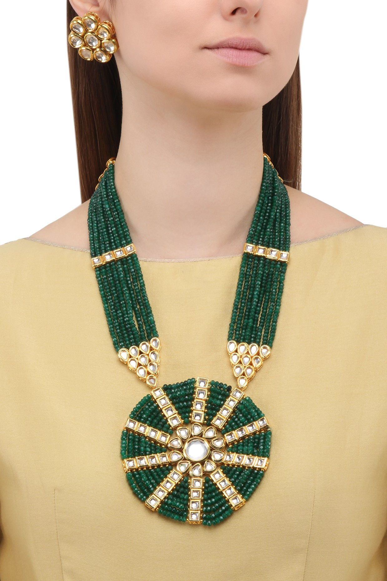Parure matte finish polki and emerald green beads necklace set