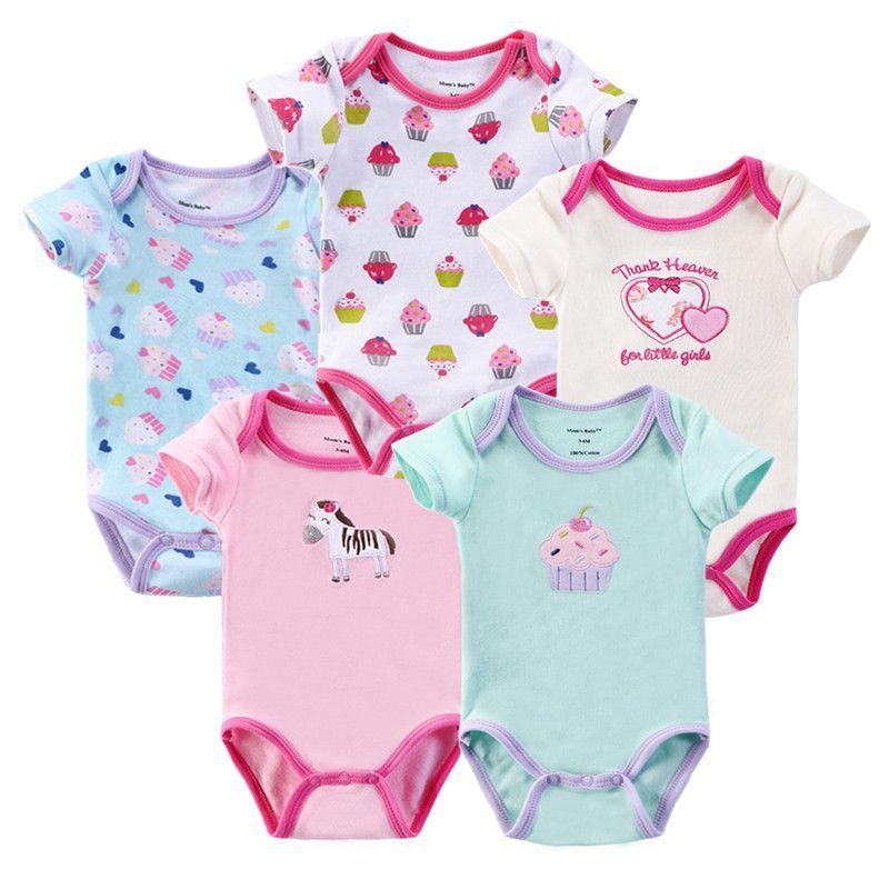 كل ما تحتاجين معرفته قبل شراء ملابس طفلك الأول Baby Costumes Baby Clothes Clothes