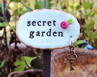 A special miniature sign for Grandmas fairy garden.  Complete your fairy garden, miniature garden or terrarium with this sweet sign. I mix