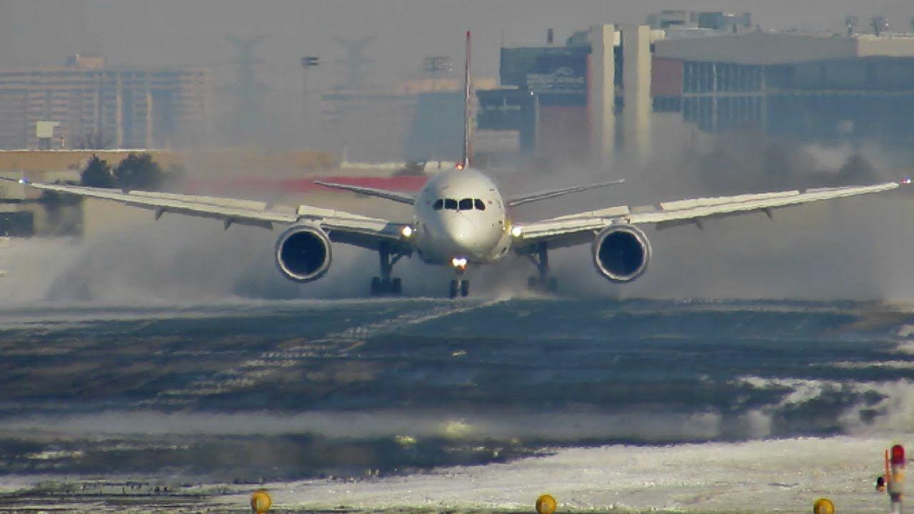 Hainan 787 landing hainan cleaning