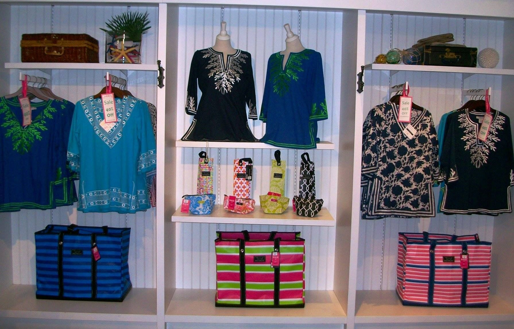 Five Seasons In Manchester Vt Did A Wonderful Job Showcasing Scout Within Their Clothing Display Clothing Displays Clothes Stand Retail Display