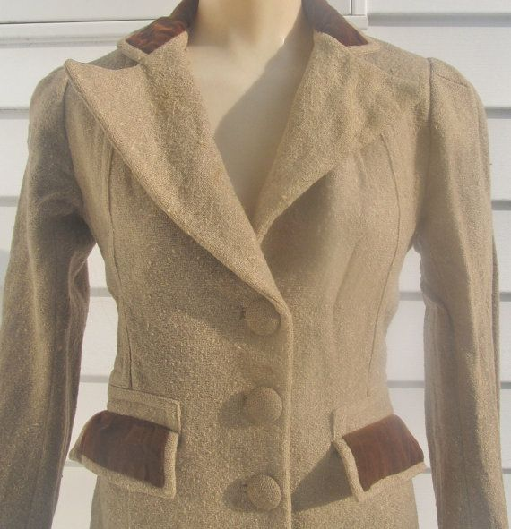 Vintage 1940s Wool w Velvet Trim Fitted Coat XS 0 2 4 by Flashbax, $25.00