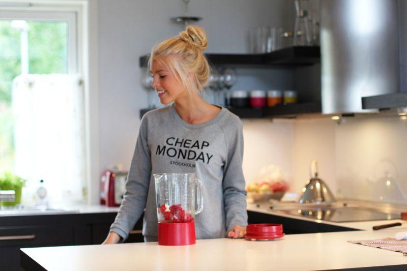 Cheap Monday Fashion T Shirts For Women Women