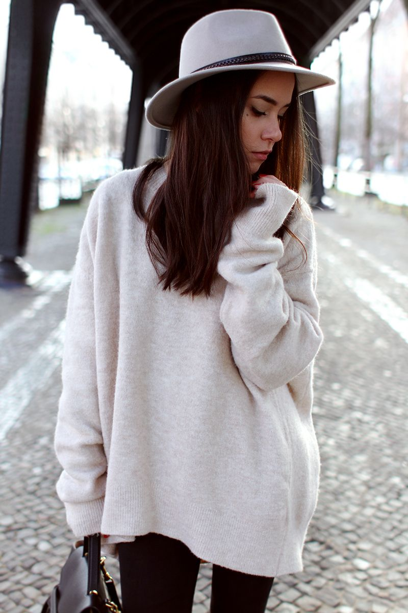 119ba422d3f5 teetharejade » Blog Archive Outfit  The super oversized sweater -  teetharejade  fashion