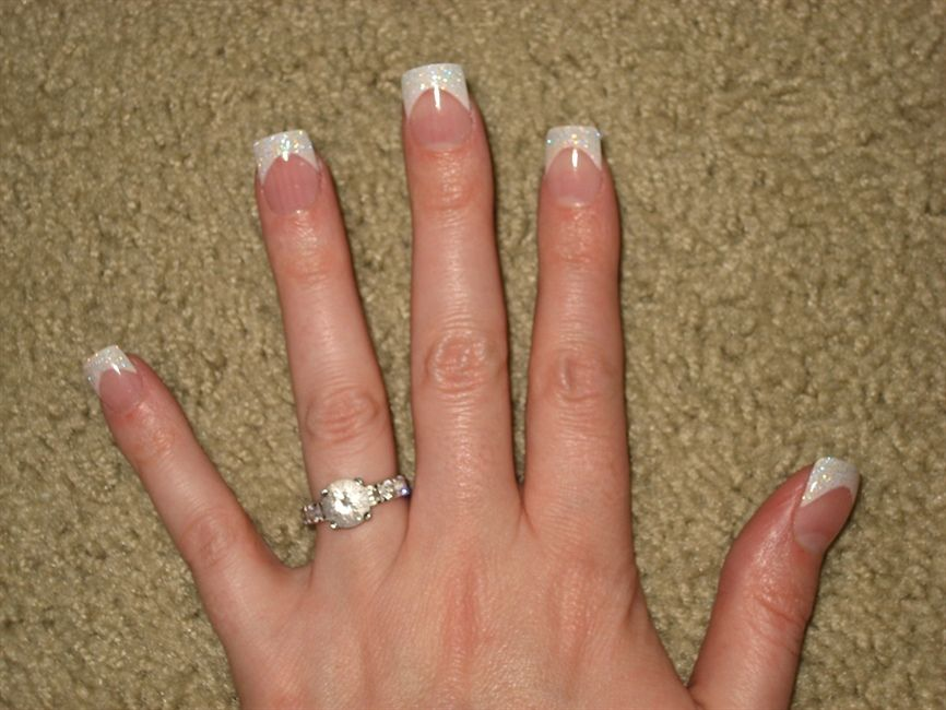 White Acrylic Nails With Glitter - http://www.mycutenails.xyz/white ...
