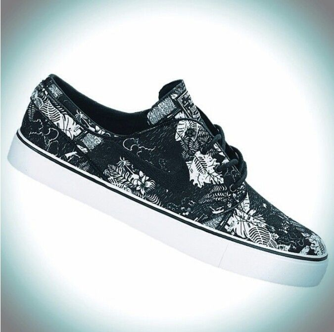 newest db661 c09fd Nike Janoski Black Formal