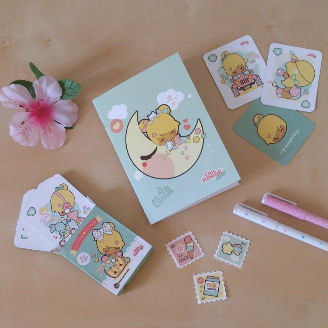 Chic Kawaii! Qué guay! #chickawaii #kawaii #lovely #cute #stationery #letterset #letter #book #happy #shop #cuteshop #cutethings #beautifulday #papeleria #papeleriabonita #friends #instamood #love #flowers #tradingcards #play #pen #stamp #stamping #planneraddict #planneraddicts #journal #diary by chic_kawaii