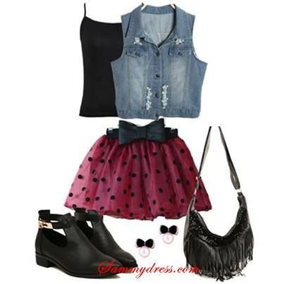 Foto: Is this your style?  Skirt: http://bit.ly/1qop6ps Waistcoats: http://bit.ly/1lNiKiG Shoes: http://bit.ly/PiFqtW More SammyDress